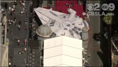 "They've built a <A href=""http://www.theforcebook.com/findtags/milleniumfalcon"">#milleniumfalcon</a> for the @<A href=""http://www.theforcebook.com/findtags/solo"">#solo</a> Premiere. Wow."